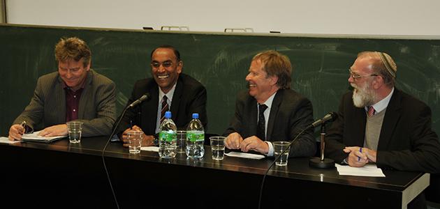 Prof. Dr. Reinhold Bernhardt, Prof. Dr. Anantanand Rambachan, Prof. Dr. Wolfram Weiße, Prof. Dr. Ephraim Meir
