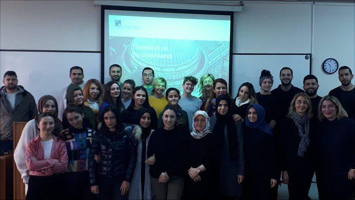 Lehramtsstudierende in Istanbul