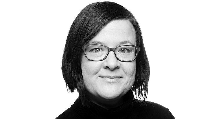 Portrait von Julia Schwanewedel.