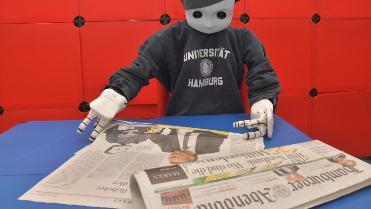 "Knowledge Technology with NICO robot in the ""Hamburger Abendblatt"""