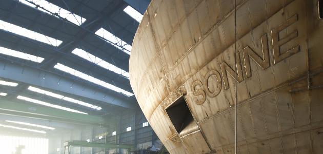 FS SONNE in der Werft.