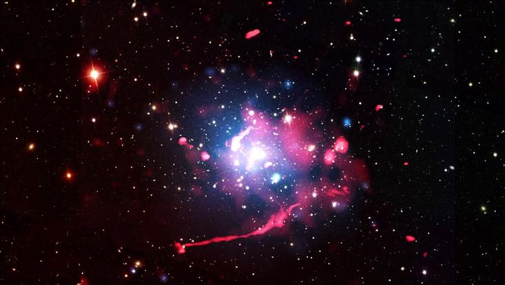 Die Jagd nach Radiogalaxien in den Weiten des Universums