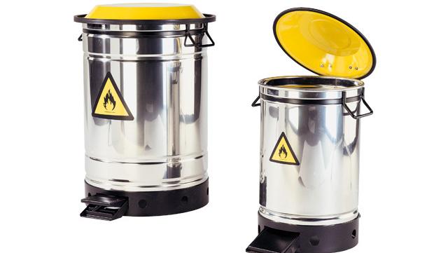 Entsorgungsbehälter für Chemiekalien als Treteimer