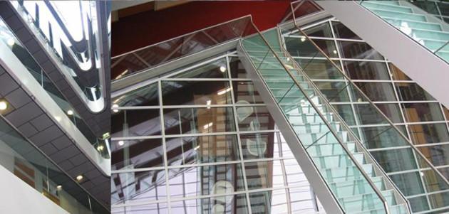 Blick auf die Bibliothek im ZMAW Gebäude.
