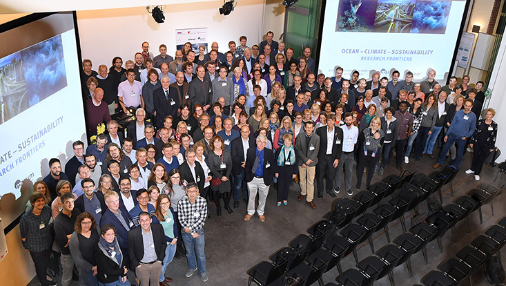 3 CLusters Conference group picture