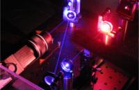 Praseodym-Festkörperlaser