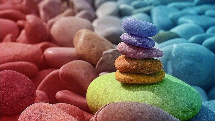 Bunte Steine illustrieren Vielfalt