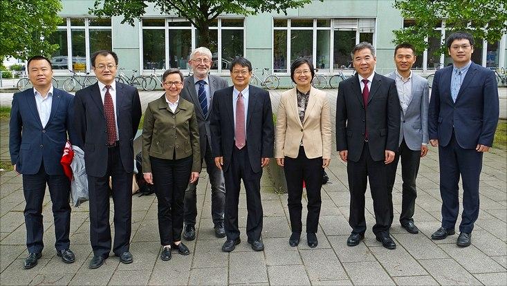 Chinesische Delegation zu Gast an der Fakultät MIN