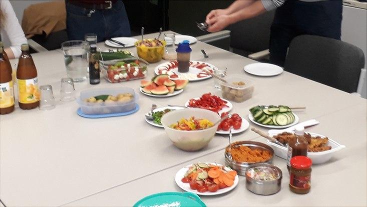 PhD-lunch salad bar