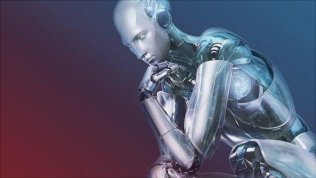 Imagebild Roboter in Denkerpose auf blau-rotem Hintergrund