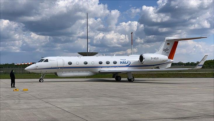 Forschungsflugzeug HALO am Boden