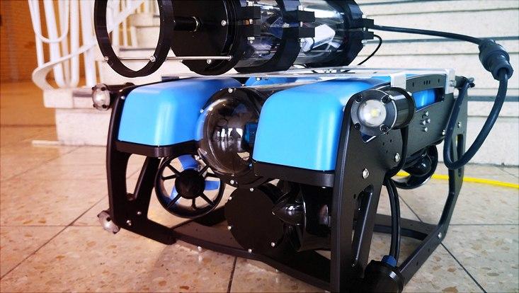 Blauer Tauchroboter