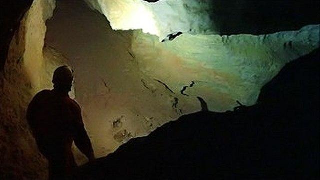 Karsthydrologie - Höhlenforschung