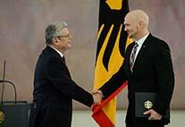 Alexander Gerst erhält Bundesverdienstkreuz