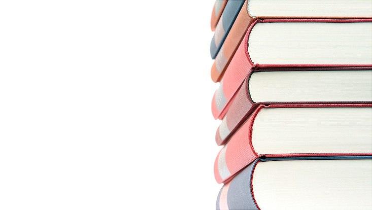 Bücher nebeneinander