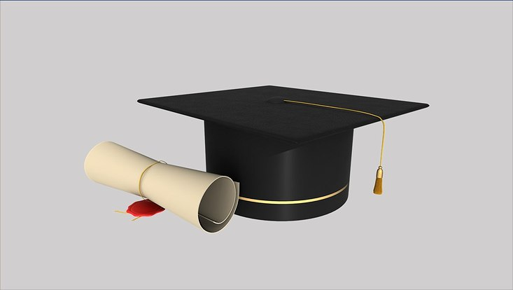 Bild mit akademischem Hut und Diplom