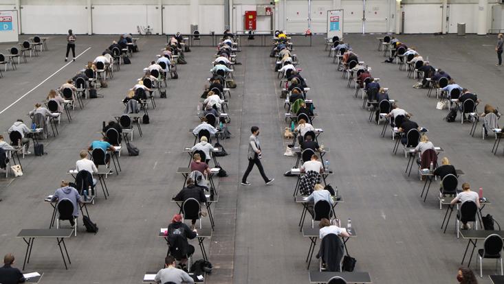 Messehallen für Prüfungen Biologie