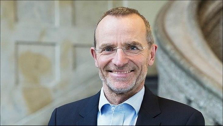 Portrait von Prof. Dr. Bassen