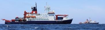 Forschungsschiffe Polarstern und Meteor treffen sich im Suedatlantik