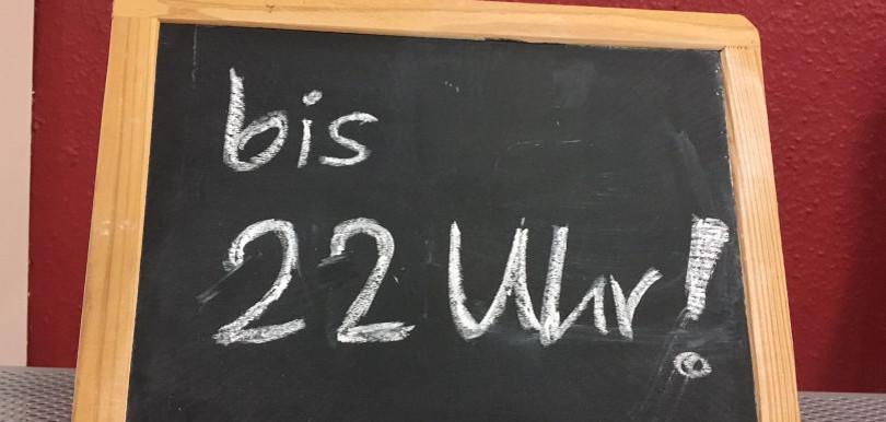 bis 22 uhr
