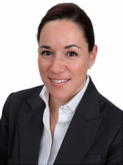 Dr. Julia Hauk