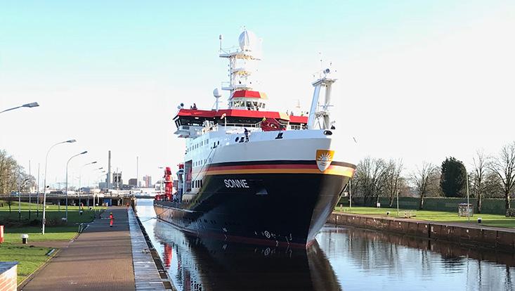 FS SONNE Auslaufen Emden 2017 nach Werftzeit