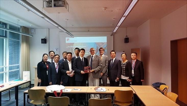 Chinesische Richter informieren sich an der Universität Hamburg