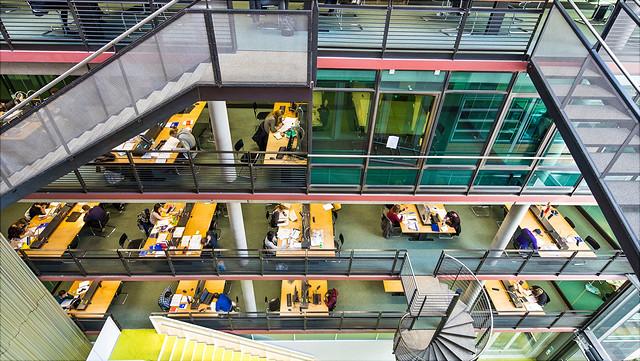 Hamburg Uni Bib
