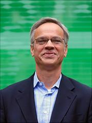 Ein Portraitfoto von Prof. Dr. Stephan Voigt