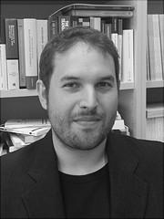 Ein Portraitfoto von Dr. Jerg Gutmann
