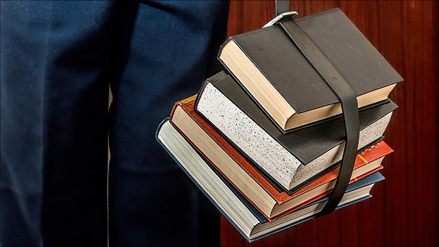 Bücher am Band