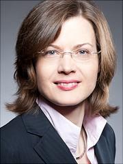 Ein Portraitfoto von Claudia Schubert