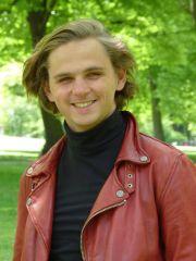 Ein Portraitfoto von Felix Bode