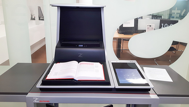 Buchscanner/Book scanner