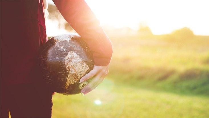 future-climate-globe