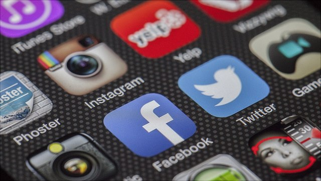 Smartphone icons Social Media