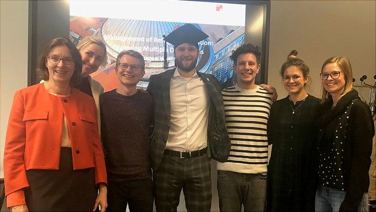 Aaron Kreimer bei seiner Promotion mit Team Boenigk