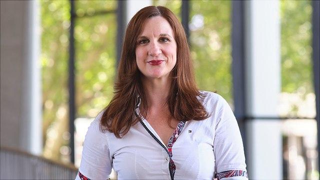 Prof. Dr. Vera Troeger