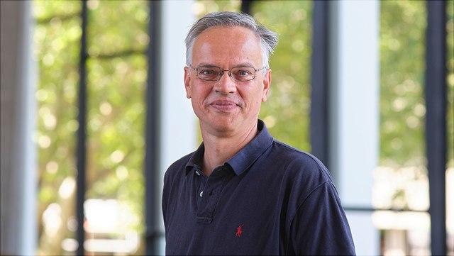Prof. Dr. Stefan Voigt