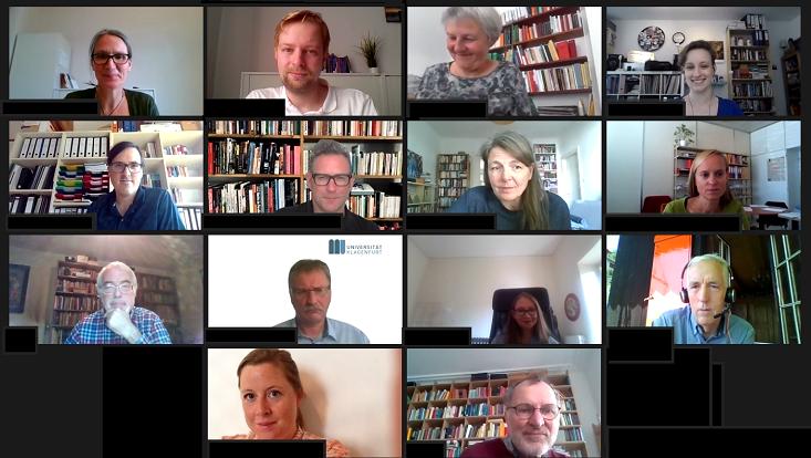 """Screenshot der Zoom-Veranstaltung mit """"Kacheln"""" der Bildschirme der Beteiligten"""
