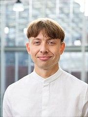 Portraitaufnahme Nils Geib, M.A. Wissenschaftlicher Mitarbeiter