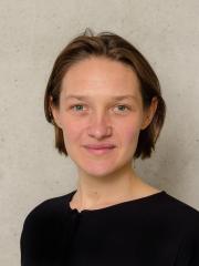 Potrait-Aufnahme von Laura Lüth