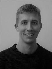 Portrait von Herrn Weinig in schwarz-weiss