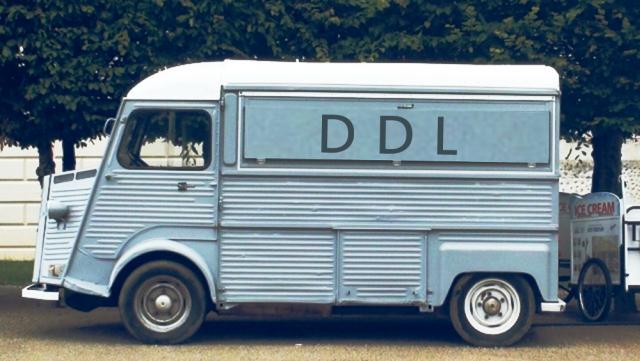 Lieferwagen (oldtimer)/Delivery van (oldtimer)