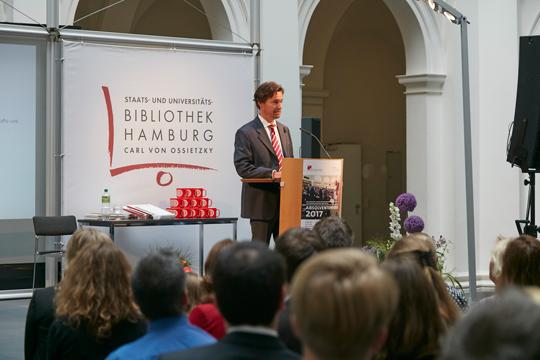 Die Rede des Direktors der Graduate School Prof. Dr. Timo Busch
