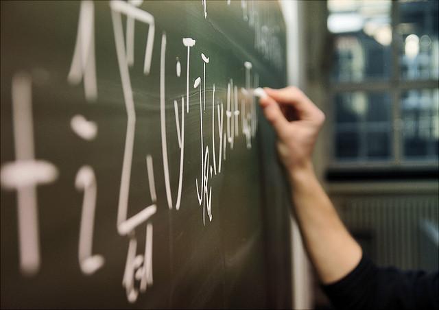 Tafel mit Formeln