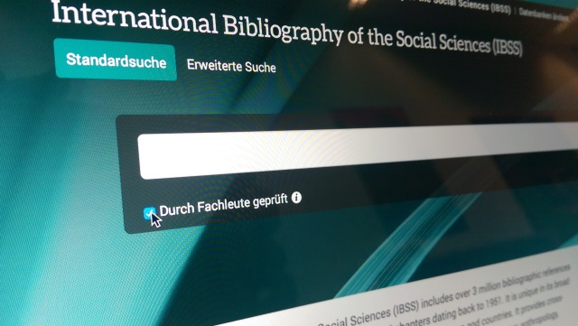 Suchschlitz der International Bibliography of the Social Sciences/Search slot of the International Bibliography of the Social Sciences