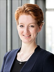 Portrait Frau Martini