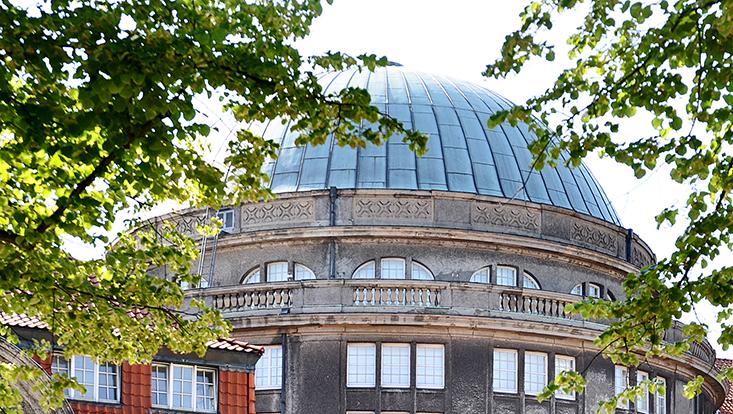 Uni Hauptgebäude