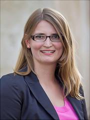 Dies ist ein Portrait von Petra Steinorth
